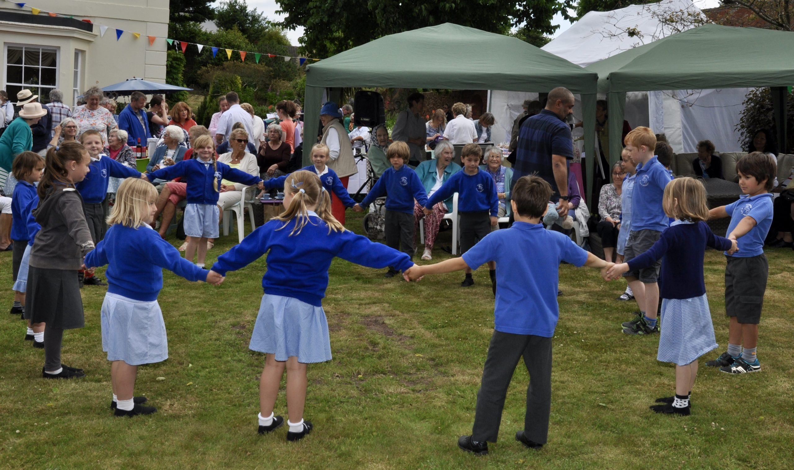 Care home celebrates 30 year anniversary with garden fête